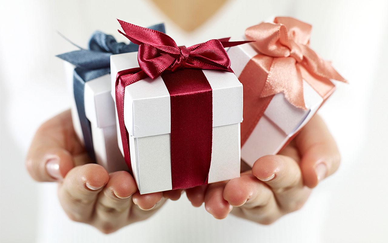 Kinh nghiệm chọn quà tặng sinh nhật cho từng đối tượng khác nhau (2)
