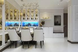 Gia gương dắn tường cỡ lớn trang trí bàn ăn.